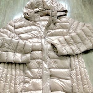 Jackets & Blazers - 32 degrees packable down coat